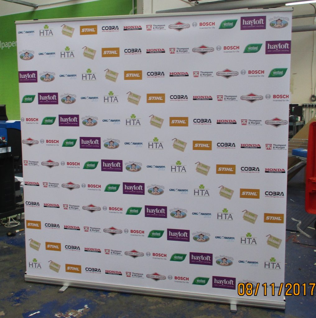 press conference banners